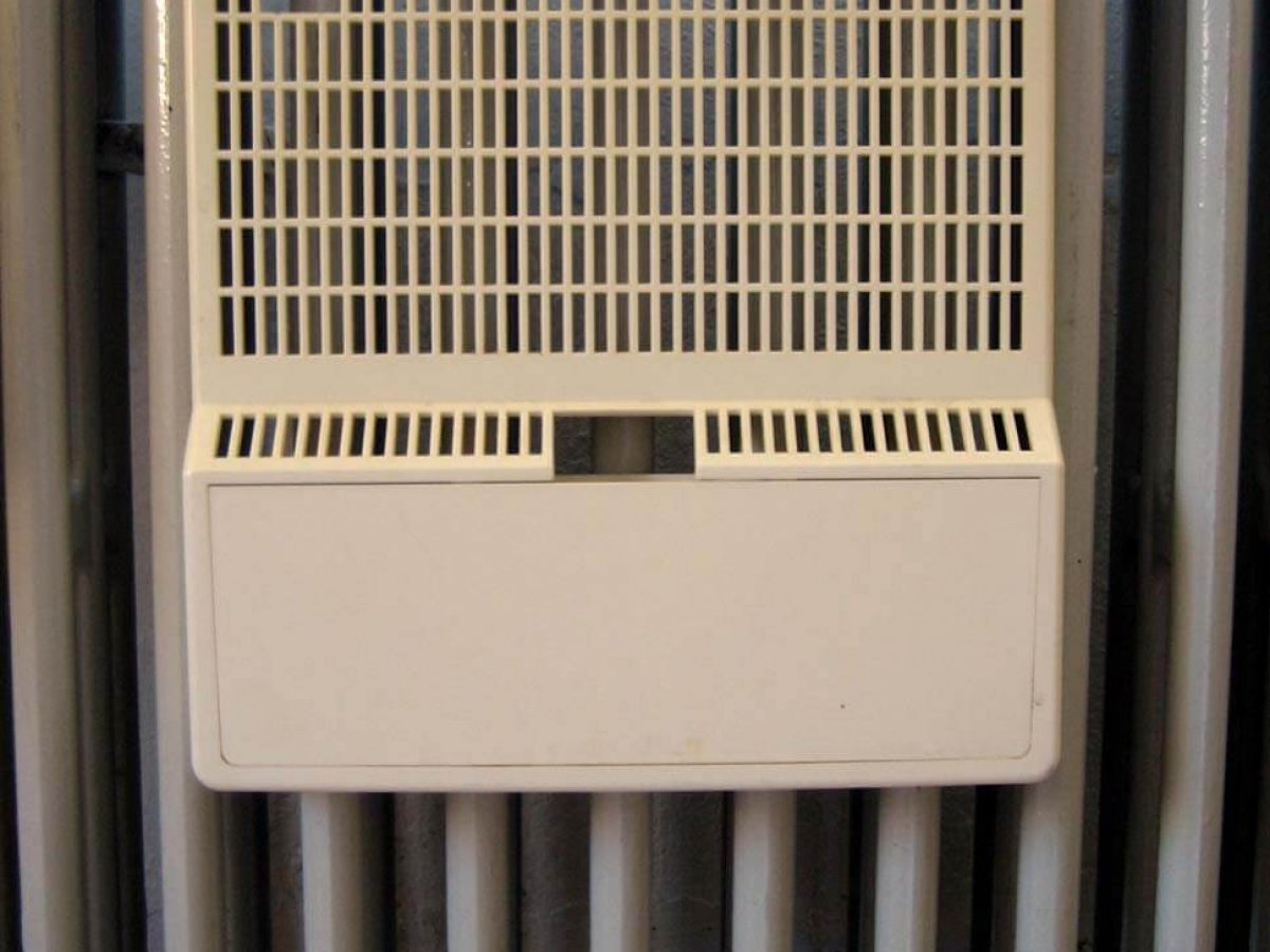 Best Radiator Humdifiers For Hanging | Ceramic & Plastic