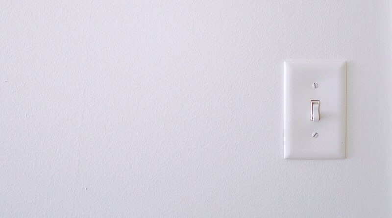 Troubleshoot faulty light switch
